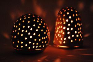 Organic Candleholder in White or Black